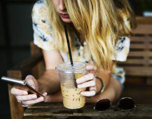 Handyvertrag Testsieger im Internet online bestellen und kaufen