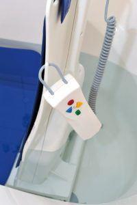 Folgende Eigenschaften sind in einem Badewannenlift Test wichtig