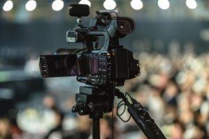 Wie viel Euro kostet ein Videoproduktion Testsieger im Online Shop?