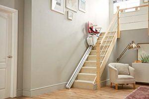 Wie viel Euro kostet ein Treppenlift Testsieger im Online Shop?