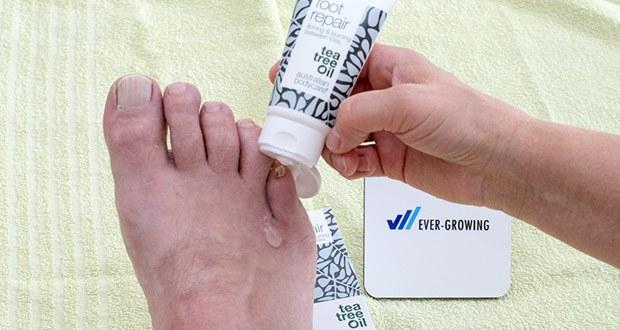 Australian Bodycare foot repair Fußreparaturgel im Test - eine kleine Menge foot repair auf die Finger auftragen und auf die betroffenen Stellen massieren