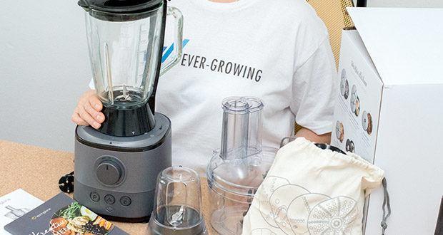 Springlane Universal Küchenmaschine Kaia im Test - Dank ihres edlen und funktionalen Designs fügt sie sich in jede Küche ein