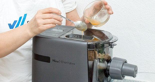 Springlane Automatische Nudelmaschine Nina im Test - kannst du Pasta mit und ohne Ei machen. Bei Pasta mit Ei gibt es eine automatische Ruhephase, in der sich der Teig optimal entfalten kann