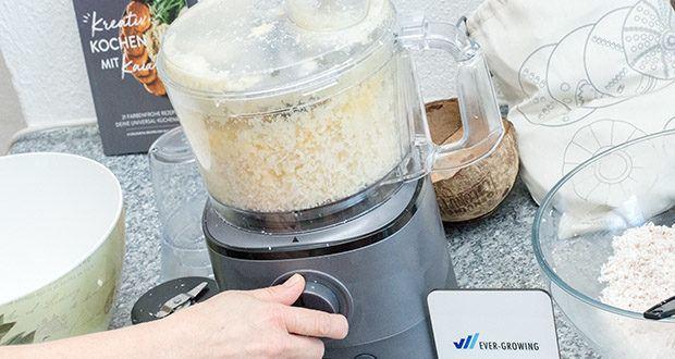 Springlane Universal Küchenmaschine Kaia im Test - egal ob mixen oder mahlen – die Rotationsgeschwindigkeit regelst du stufenlos