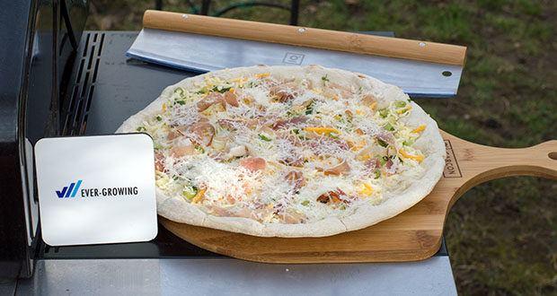GARCON Pizzastein 4er Set im Test - die Pizzaschaufel verhindert Verbrennungen und erlaubt ein einfaches Servieren der frisch gebackenen Pizza