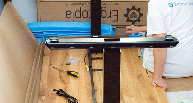 """Der höhenverstellbare Premium Tisch """"Desktopia Pro"""" von Ergotopia besteht aus äußerst langlebigen und zuverlässigen Materialien"""