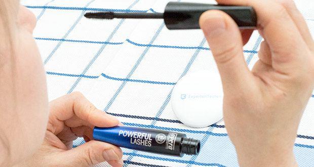 lavera Natural Definition Wimperntusche Mascara im Test - perfekt definierte Wimpern
