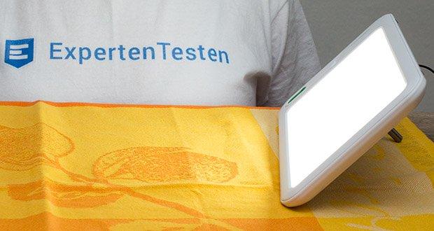 Medisana LT 460 Tageslichtlampe im Test - Tageslicht-Simulation mit einer Lichtstärke von 10.000 Lux