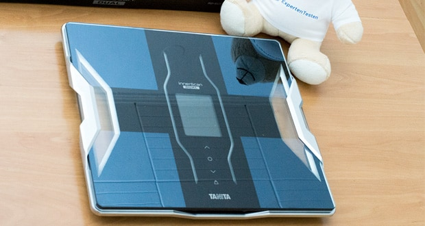 Tanita intelligente Waage RD-953 - Messungen: Gewicht, Körperfett, Gesamtkörperwasser, Muskelmasse, Körperliche Bewertung, Knochen-Mineralmasse, Grundumsatz (Basal Metabolic Rate), Stoffwechselalter, Körpermassenindex, Viszerales Fett