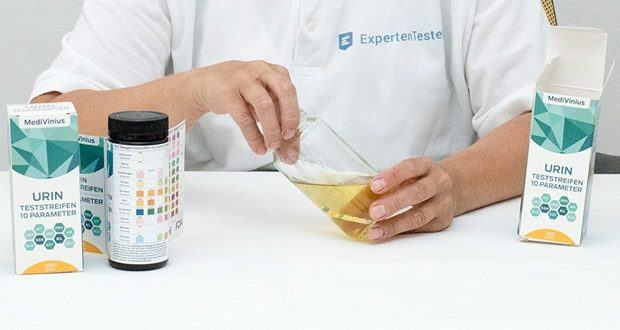 Urinteststreifenset von MediVinius - 10 Parameter auf einmal