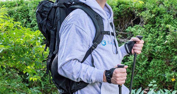 Trekkingrucksack 70L und Nordic Walking Stöcke von Steinwood im Test - viele Einstellmöglichkeiten für jede Körpergröße