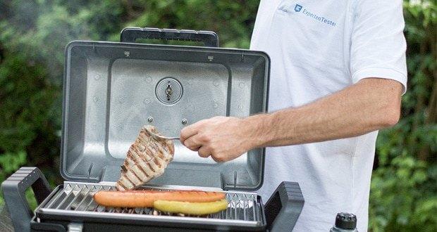 Der Grill2Go von Char-Broil überzeugt mit Edelstahlbrenner und Edelstahlgrillrost