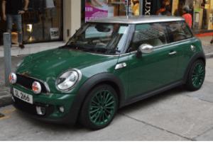 Der Mini als Alternative für den Kleinwagen im Test und Vergleich