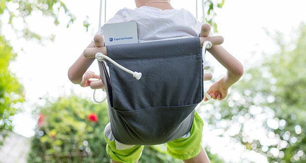 small-foot Babyschaukel Komfort im Test - Kissenbezug und Schaukelstoff passen sich ideal der Körperform der Kinder ab 12 Monaten an