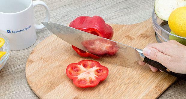 küchenspecht Kochmesser aus Damast Stahl im Test - die Klinge ist dadurch bei jedem Messer ein Unikat