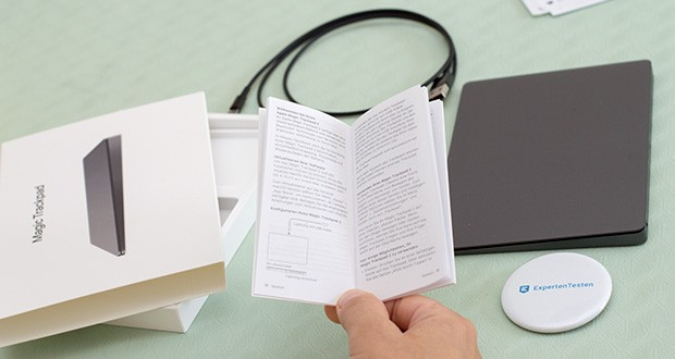 Apple Magic Trackpad 2 im Test - hat eine durchgehende Oberfläche aus Glas, die fast 30 % größer ist als beim vorherigen Trackpad