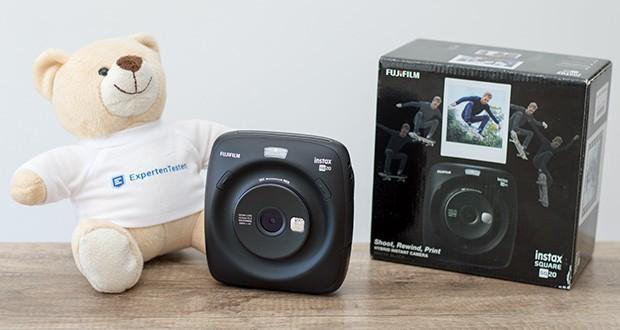 Fujifilm instax SQUARE SQ 20 Hybride Sofortbildkamera im Test - ein leistungsstarker Lithiumionen-Akku sorgt für langen Sofortbildspaß ohne ständiges Zwischenladen
