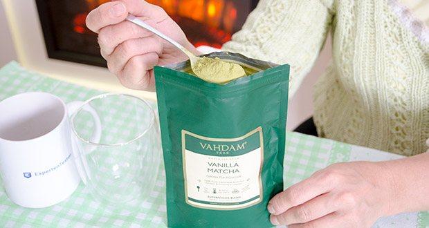 VAHDAM Vanille Matcha Grüntee Pulver im Test - spezielle, in Tönen gewachsene ganze Tencha-Blätter werden zu einem feinen Pulver gemahlen, das einen einzigartigen köstlichen Geschmack und eine leuchtende grüne Farbe hat