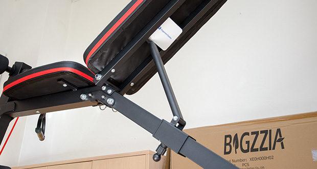 Bigzzia verstellbare Hantelbank im Test - aus dickem, abgestütztem Rohr, die garantiert 136 kg Tragkraft aushält