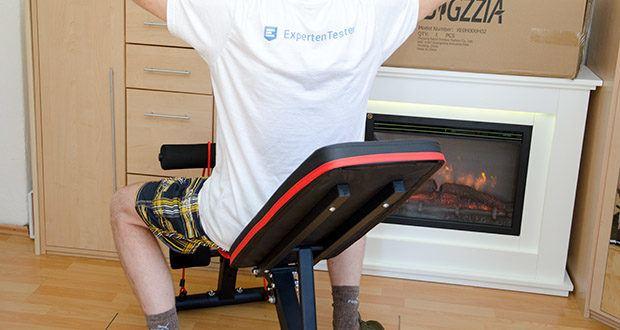 Bigzzia verstellbare Hantelbank im Test - die bequeme Polsterung und der Sitz aus hochdichtem Schaumstoff sichern den Körper fest und verringern die Muskelermüdung während des Trainings