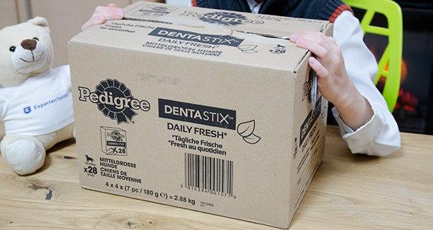Pedigree DentaStix Daily Fresh Zahnpflegesnack für Hunde im Test - für mittelgroße Hunde (zwischen 10 kg und 25 kg)