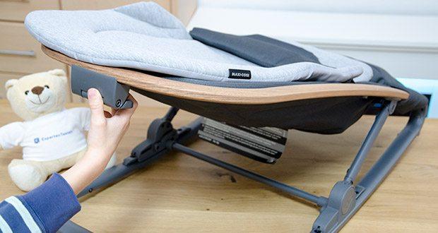 Maxi-Cosi Kori 2-in-1 Babywippe im Test - lässt sich einfach mit einer Hand in drei Sitz- und Ruhepositionen stellen