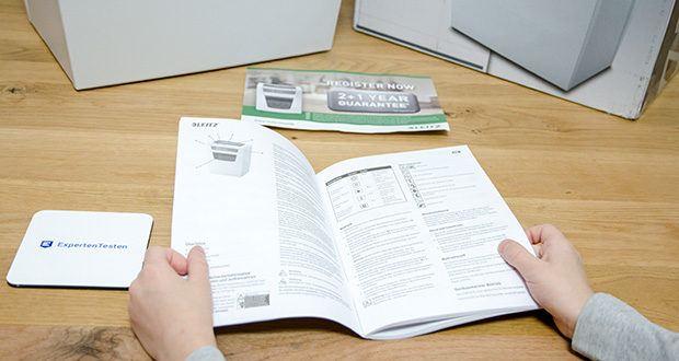 Leitz IQ Home Office Aktenvernichter im Test - geeignet für Papier, Büro- und Heftklammern, Schlankes, modernes Design, Einfache Bedienung dank der intuitiven Touch-Funktionstasten