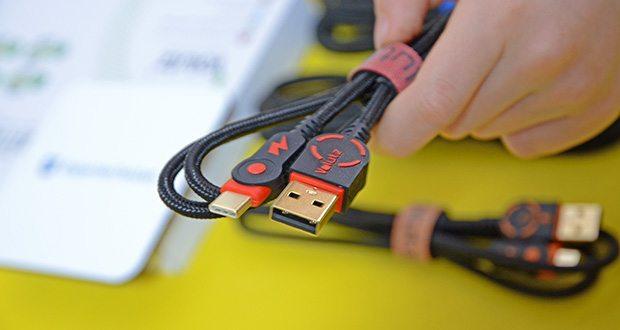 Volutz USB C Kabel 5er Pack im Test - Volutz DualHousing Technologie isoliert Biegebewegungen und absorbiert den Druck vom täglichen Verschleiß