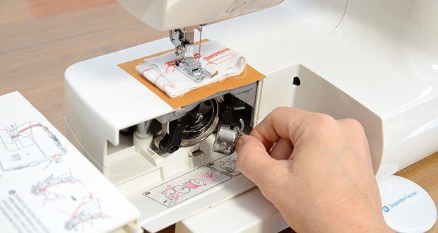 Gritzner Dorina Nähmaschine 333 im Test - schnelles Einfädeln durch Einfädelhilfe