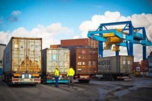 Guter Kostenvoranschlag für Container zum Entrümpeln