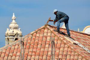 Günstiger Handwerker für Dach neu decken