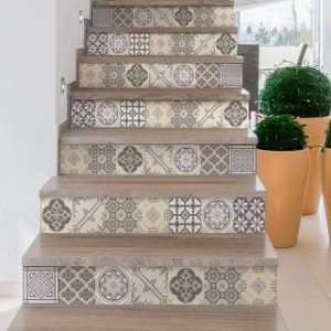 Gute Handwerker für Treppe renovieren finden