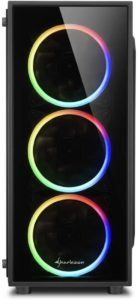 Ein farbenfrohes Design mit frontaler Glasscheibe, um den Inhalt Ihres PCs zu bestaunen - gerade für Gamer vielversprechend.