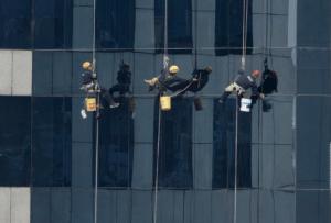 Günstiger Handwerker für Fensterreinigung