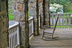 Guter Kostenvoranschlag für Holzterrasse verlegen