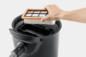 Auch nach dem Grillen können Sie die Asche mithilfe eines Aschesaugers gründlich beseitigen.