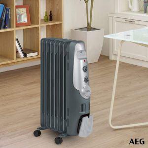 Das Thermoöl speichert die Wärme, weshalb das Gerät selbst eine halbe Stunde nach der Ausschaltung Wärme abgibt.