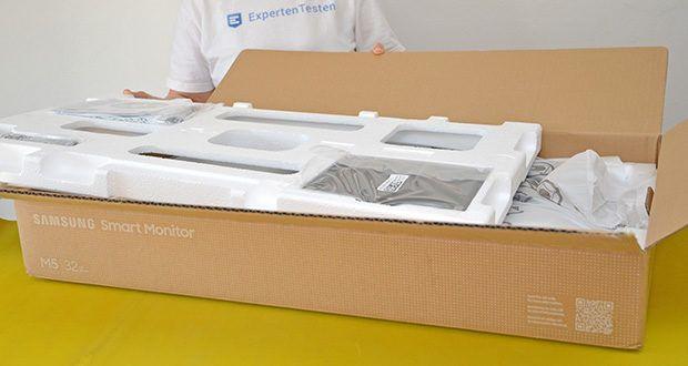 Samsung M5 Smart Monitor 32 Zoll im Test - Produktabmessungen: 71.61 x 51.7 x 19.35 cm; Gewicht: 6.2 kg