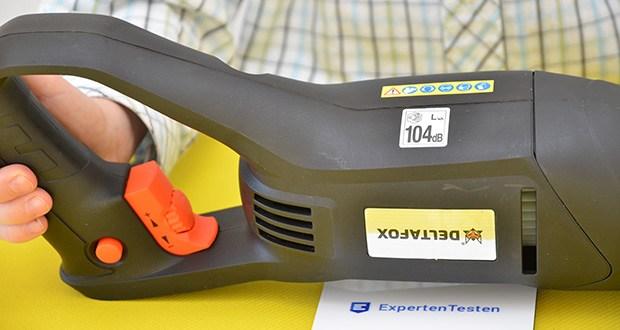 Deltafox Elektro Säbelsäge DP-ERS 8010 im Test - Geschwindigkeit stufenlos regelbar über Schalter mit Feststellfunktion