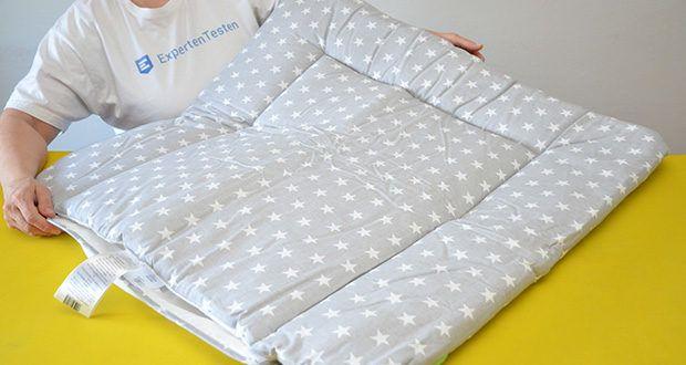 LULANDO Wickelauflage im Test - ist an den Rändern und mittig gesteppt, um eine langanhaltende Form auch nach häufigem Waschen zu garantieren