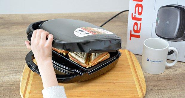Tefal Snack Time SW341B Waffeleisen & Sandwichtoaster im Test - wärmeisolierter Griff mit Sicherheitsriegel für ein Maxiumum an Sicherheit und Komfort