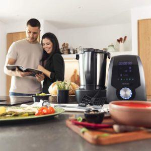 Vielfältiges Essen ist mit einer Küchenmaschine mit Kochfunktion nicht mehr nur etwas für besondere Anlässe.