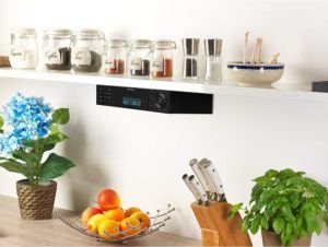 Küchenradios finden Sie in unzähligen Designs.