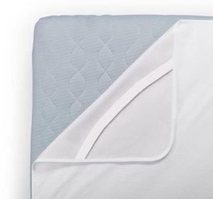 Matratzenschoner sind nützliche Helfer in jedem Schlafzimmer. Sie schützen vor Schmutz und Feuchtigkeit.