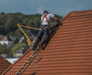 Guter Kostenvoranschlag für Dachreinigung