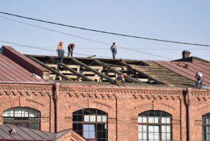 Günstiger Handwerker für Dachreparatur