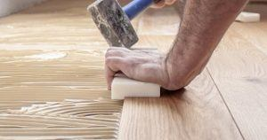 Den Fußboden in der Wohnung renovieren - Kosten