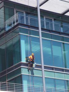 Günstiger Handwerker für Glasdach reinigen