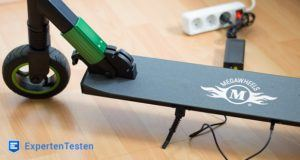 Akku-Lauf und Ladezeiten der Elektro Scooter im Test und Vergleich