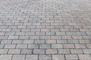 Guter Kostenvoranschlag für Parkplatz pflastern